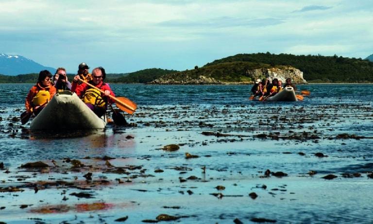 Canoes to Gable Island and Penguin Colony in Ushuaia 4_Mesa de trabajo 1