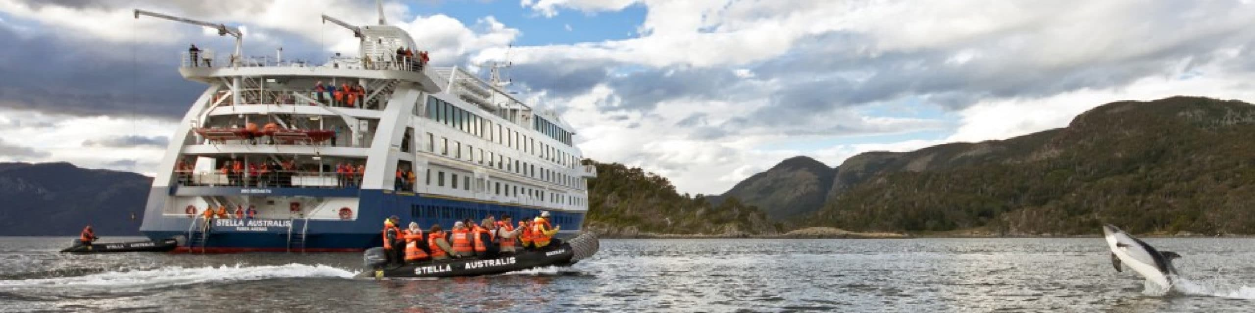 The cruise expedition with Australis Cruise in Patagonia. Visit Cape Horn and southern channels, fjords and glaciers in Argentina and Chile - Cruises in Patagonia by ripioturismo DMC for Argentina and Chile