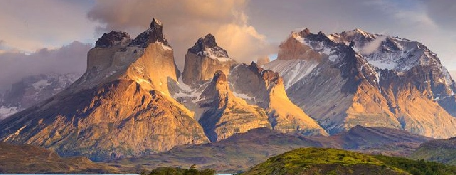 Cuernos del Paine, Torres del Paine National PArk in Patagonia - RipioTurismo DMC for Argentina and Chile