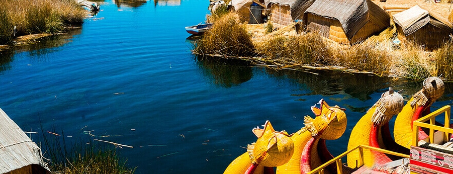 uros - What to see in Puno and Titicaca Lake - Peru // RipioTurismo Travel Company in Peru and South America