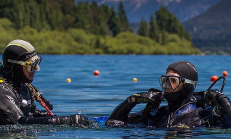 Diving in Bariloche 1_Mesa de trabajo 1