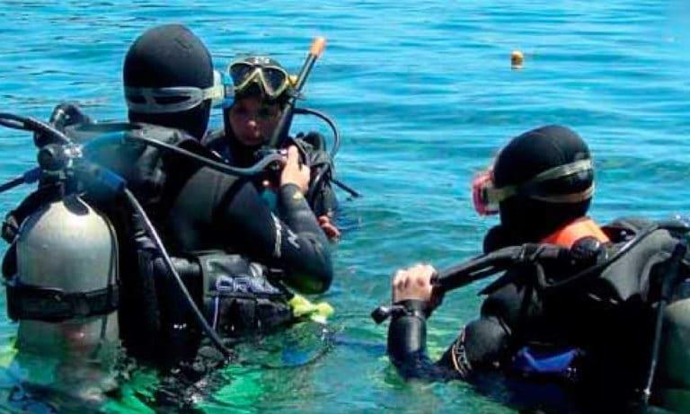 Diving in Bariloche 4_Mesa de trabajo 1