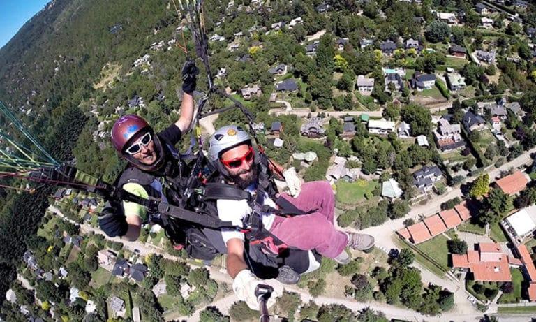 Paragliding in Bariloche 1_Mesa de trabajo 1