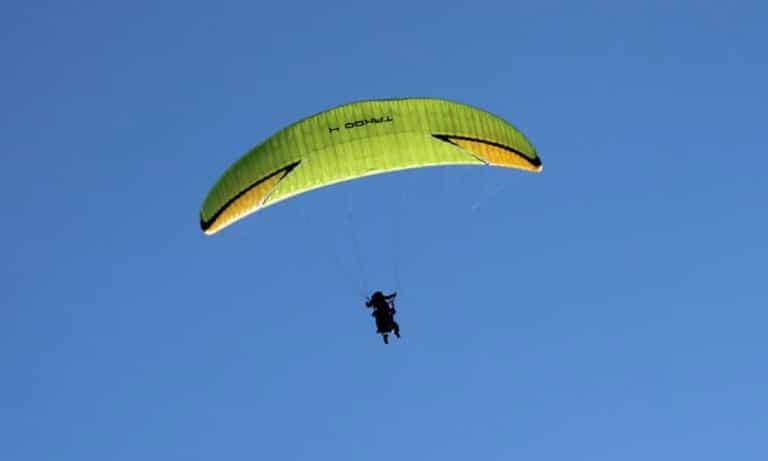 Paragliding in Bariloche 2_Mesa de trabajo 1