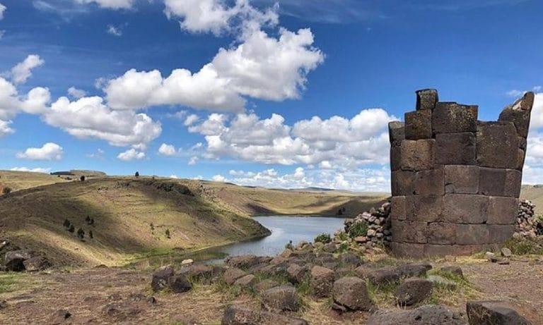 Sillustani Tombs from Puno 1_Mesa de trabajo 1
