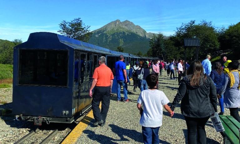 Tierra del Fuego Nat Park with Train of the End of the World 1_Mesa de trabajo 1