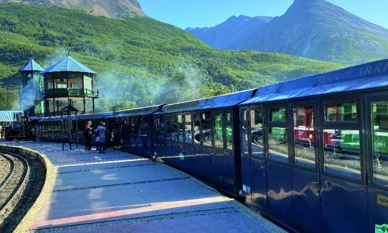 Tierra del Fuego Nat Park with Train of the End of the World 2_Mesa de trabajo 1