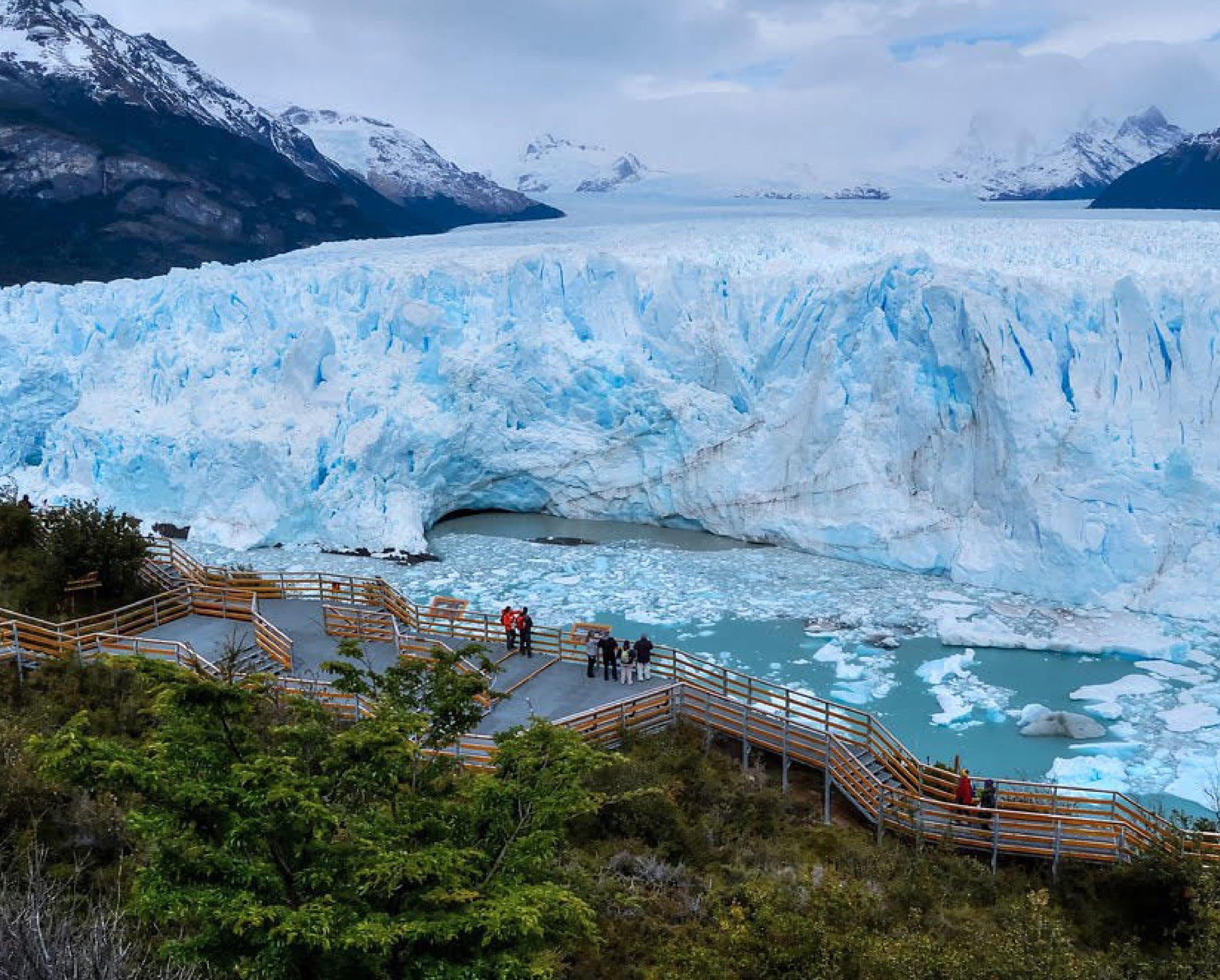 When to visit perito moreno glacier?