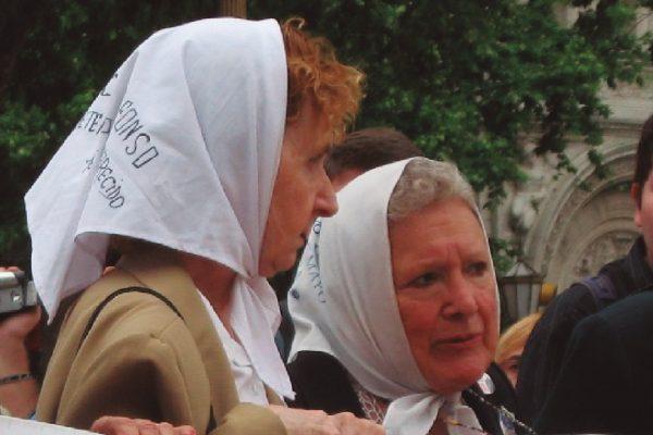 Madres de Plaza de Mayo, Buenos Aires